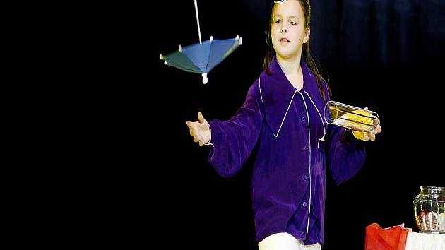 Chcete se naučit kouzlit? Centrum DDM v Ledči nad Sázavou chystá pro děti týden her, kouzlení a zábavy.