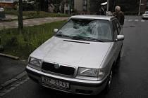 Házenkářky na snídani nedošly. Ve čtvrtek ráno, krátce po osmé hodině, porazil řidič osobního auta dívku na přechodu. Masarykova ulice si tak připsala další černý vroubek do seznamu.