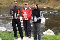Vítězem závodu o Pohár Melechova 2010 se stal František Tichý (uprostřed).