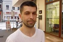 David Šimek dostal podmínku mimo jiné za to, že své bývalé přítelkyni poslal 1250 výhružných SMS zpráv.
