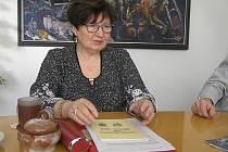 UŽ DVACET PĚT LET. Anna Šnýdlová z Přibyslavi byla u toho od začátku a zmapovala už čtvrt století přátelství mezi dvěma městy.