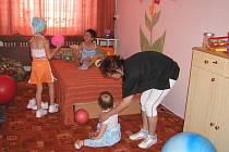 Středisko rané péče na Vysočině je terénní sociální služba, která pomáhá rodinám postižených dětí naučit se s touto situací vyrovnat. Služba je určena dětem od narození do sedmi let věku, těm, které přišly na svět nedonošené.