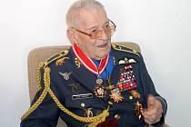 Veterán Imrich Gablech byl vloni povýšen do hodnosti brigádního generála.