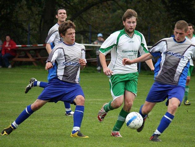 Ztrátu mohou stáhnout na tři body fotbalisté Světlé.
