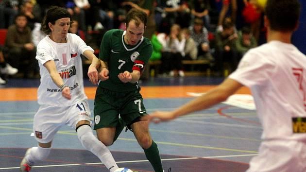 Michal Mareš (vlevo) byl nejlepším hráčem finálové série.
