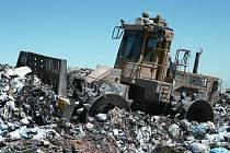 Odvoz a uložení na skládku se v Ledči prodražuje stále víc.