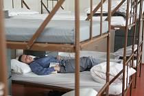 Kapacita věznice ve Světlé nad Sázavou se navýší o 80 lůžek, zařízení tak pojme 740 lidí. Vězeňkyně by se měly do nového objektu přestěhovat pravděpodobně začátkem září.
