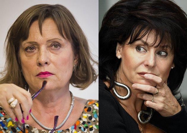 Alena Vitásková (vlevo) stojí v čele Energetického regulačního úřadu od roku 2011. Jako svou zástupkyni jmenovala předloni na čas někdejší šéfku žalobců Renatu Veseckou.