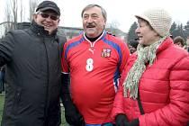 Manželé Hájkovi si v Chotěboři popovídali se slavným fotbalistou Antonínem Panenkou, autorem rozhodujícího gólu ve finále evropského šampionátu v roce 1976.
