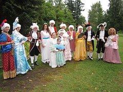 Barokní kratochvíle se odehrávala na chotěbořském zámku a prim hrály kostýmy.