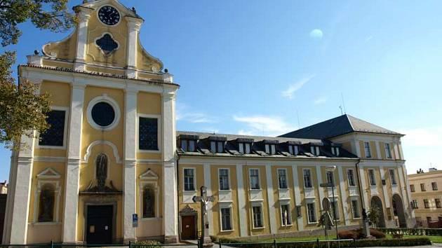 Klášterní kostel sv. Rodiny v Havlíčkově Brodě nemá provozovatele.