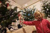 Vernisáž výstavy Bez stromečku nejsou Vánoce.