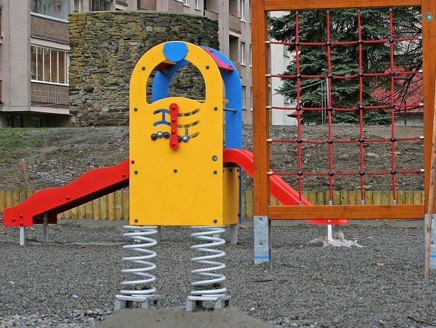 Dětská hřiště v Havlíčkově Brodě postupně procházejí rekonstrukcí.