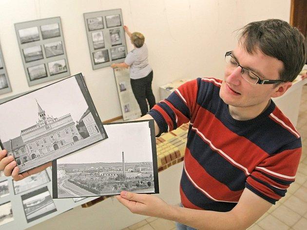 Některé snímky mohou lidé spatřit vůbec poprvé. Výstava se skládá hned ze dvou tehdejších fotoateliérů.