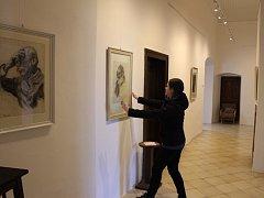 Ve čtvrtek bude otevřena nejen výstava malířky Jany Horkelové, ale také expozice kreseb Jindřicha Pruchy. Ty však návštěvníci mohou vidět nejdéle do prázdnin.