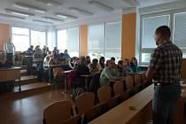 Světelské gymnázium nabídlo žákům základních škol z regionu možnost vyzkoušet si, jak by uspěli u přijímacích zkoušek z českého jazyka a matematiky.