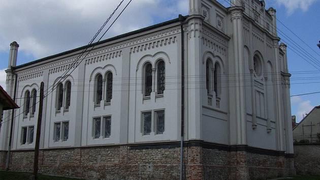synagoga v Golčově Jeníkově