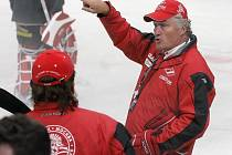 Po dvou letech se český hokejový trenér vrací do Havlíčkova Brodu s bohatým velkoklubem z KHL. Tentokrát však vyměnil Spartak Moskva za SKA Petrohrad.