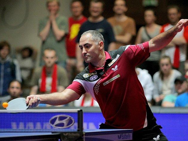 Zlomový bod ve čtvrtém zápase získal za stavu 2:2 Petr Korbel (na snímku), který porazil Lubomíra Pišteje.