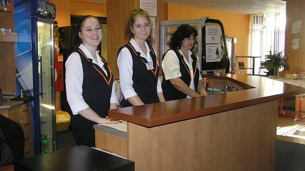 Co se ve škole  naučili, předváděli studenti Obchodní akademie v rámci Dne otevřených dveří.