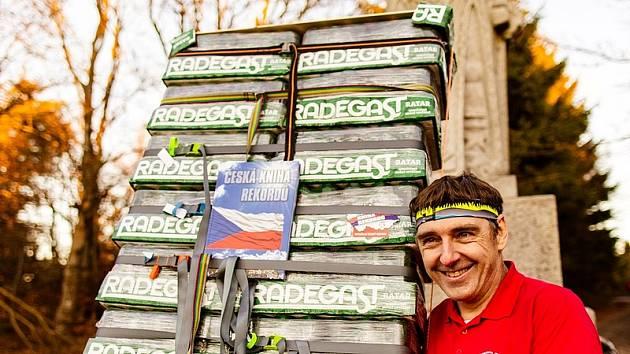 Rekordní pivní náklad 256 kg vynesl Zdeněk Pácha z Bašky u Frýdku-Místku z Pusteven až k soše Radegasta. Trasu dlouhou přes 1200 metrů zdolal za 3 hodiny a 5 minut. Svůj rekordní zápis věnoval pivovaru Radegast, který v tomto roce slaví 50 let