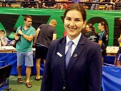 Nejrychlejší a nejmladší rozhodčí se stala bývalá světelská stolní tenistka Iva Vondrová (na snímku), která už může pískat mezinárodní zápasy.