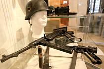 Nejen zbraně uvidí návštěvníci v Muzeu Vysočiny Havlíčkův Brod v rámci nové výstavy druhá světová válka na Havlíčkobrodsku. Ta potrvá až do 7. června.