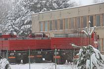 V někdejší cihelně ve Stojčíně na Pelhřimovsku našli před půldruhým rokem detektivové více než milion litrů lihu.