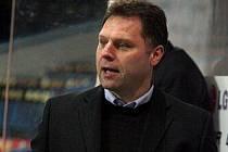 Bývalý reprezentant Jiří Doležal v minulé sezoně působil na lavičce staršího dorostu Sparty Praha. Letos bude šéfovat havlíčkobrodským Rebelům.