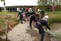 Dobrovolní hasiči z Číhoště soutěží s radostí. Naposledy se vydali na závody letos v květnu do Prosíček.