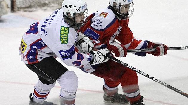 Na derby se těší mladší dorostenci HC Rebel a Třebíče. Domácí celek chce  rivalovi vrátit poslední porážku na nájezdy.