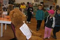 Podívat se do Zvonečku přišly i děti z brodských mateřských škol.