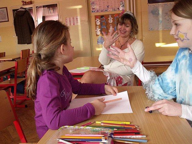 Budoucí prvňáčci odcházeli většinou ze zápisu ve štocké škole nadšení, s úsměvem a také řádně natěšení na svůj zářijový ostrý start.