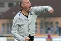 Restart mužstva se na podzim u A-týmu FC Vysočina Jihlava povedl Romanu Kučerovi. Takto se radoval při svém prvoligovém debutu doma proti Slavii Praha (1:0) při gólu Vladimíra Kukola.