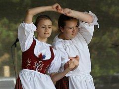 Na začátku června se folklorní soubor zúčastnil také festivalu Polabská vonička v Nymburce.