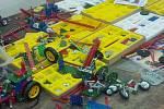 K oblíbeným činnostem dětí v Sedmičce je práce se stavebnicemi.