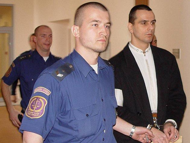 Případ expolicisty Martina Foltýna se táhne čtyři roky. Krajský soud v Brně teď kauzu sebral jihlavskému soudci Chalupovi.