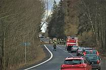 Vichřice lámala u Přibyslavi stromy  a zaměstnávala hasiče.