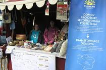 Na veletrhu sociálních služeb se představilo letos 16 neziskovek z celého kraje.