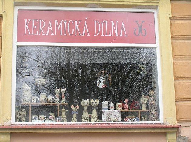 Keramická dílna Jany Březkové je vPřibyslavi atrakcí pro turisty.