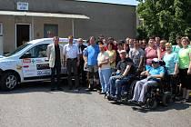 Nezbytné finanční prostředky na auto poskytla velká řada firem i jednotlivců z Chotěboře.