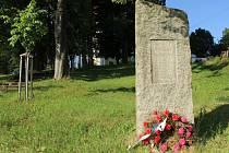 Pomník ve Skále.