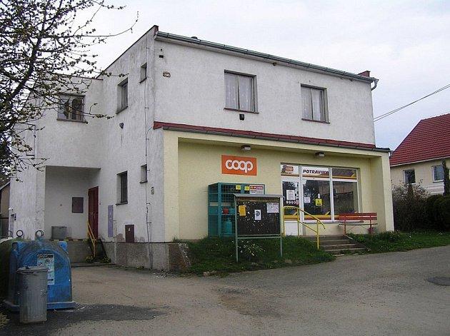 Pro COOP družstvo Havlíčkův Brod byla prodejna dlouhodobě prodělečná, proto ji provozovatel k poslednímu dubnu zavřel.