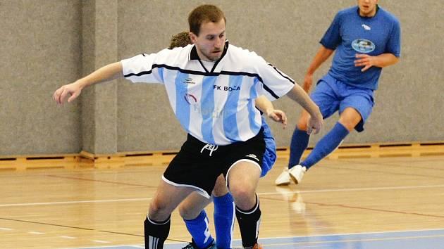 Slepenou sestavu měl proti Turnovu k dispozici trenér Bocy Martin Jakeš. Oslabený tým na soupeře nestačil a v domácím prostředí prohrál 5:3.