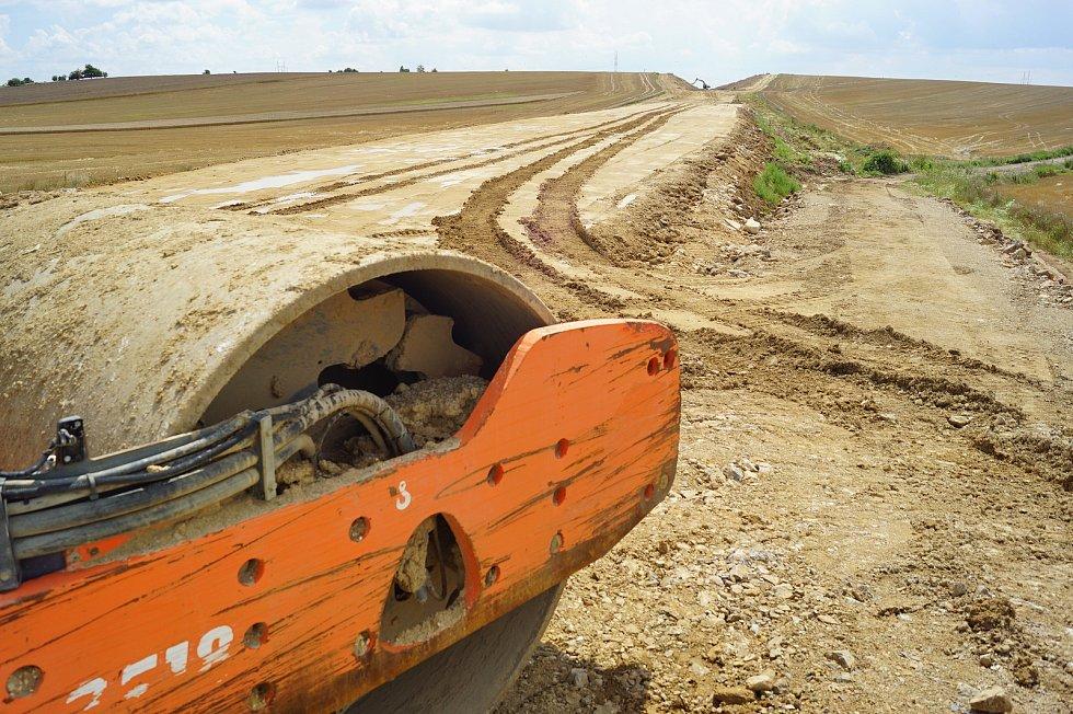 Výstavba obchvatu Osové Bítýšky na silnici I/37.