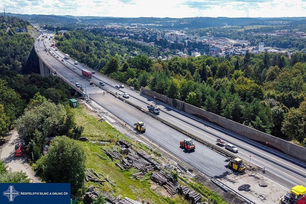 Modernizace dálnice D1, most Vysočina u Velkého Meziříčí.