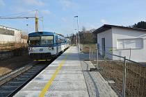 Železniční zastávka v Dolní Březince.