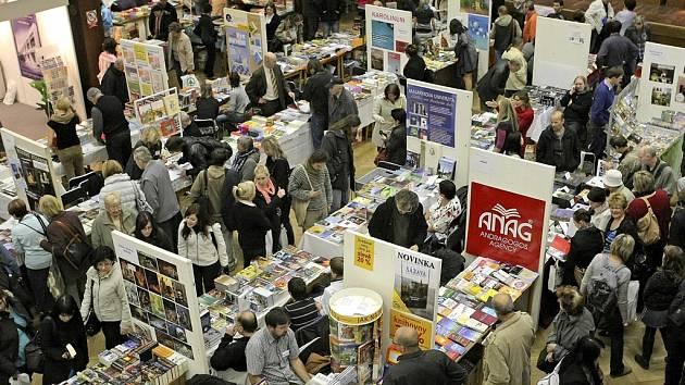 Podzimní knižní veletrh začíná v pátek v Havlíčkově Brodu.