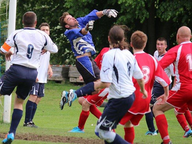 Do věžnické branky se v derby zápase s Pohledem postavil útočník Šejstal, který předvedl několik dobrých zákroků a podílel se výrazně na remíze 1:1.