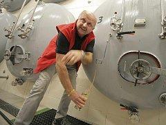 Již podruhé získal Pivovar Chotěboř prestižní ocenění Pivovar roku, které mu udělilo Sdružení přátel piva. A nejen to. Jeho pivo Prémium vyhlásili spotřebitelé i Dvanáctkou roku. Není proto překvapením, že výstav pivovaru neustále roste.